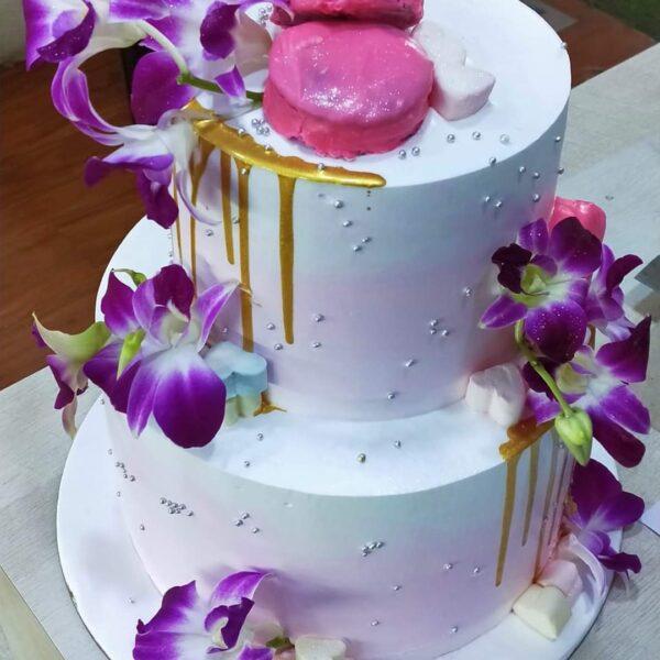 Orchid Vanilla Cake in Asansol